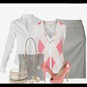⭐️⭐️NY&CO Gray Pencil Skirt